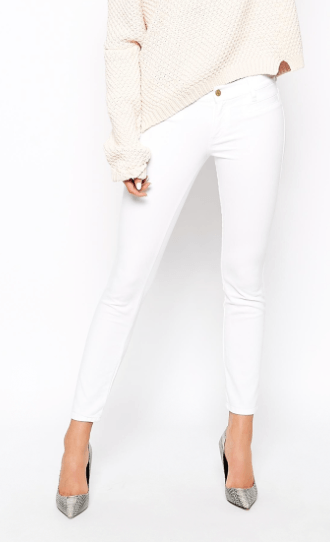 Can you wear white jeans?