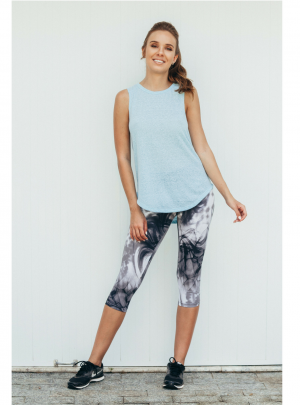 A Touch of swirls 3/4 leggings